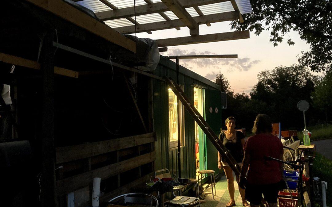 Neues Dach bei der Velowerkstatt